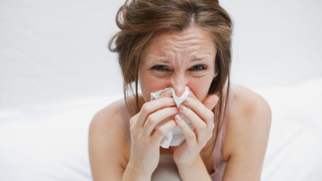 Winter Virus Trapping People With Threatening Cold Symptoms