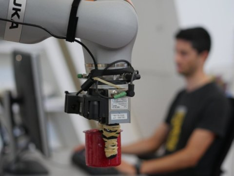 MIT Designed A New System To Assist Robots Keep Track Of Objects